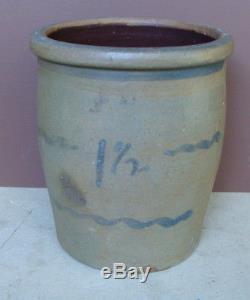 19th C saltgaze stoneware 1 1/2 gal. Crock w cobalt