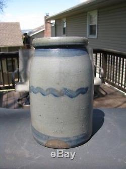 ANTIQUE BLUE DECORATED STONEWARE WAX SEALER CROCK / WESTERN Pa. STRIPER