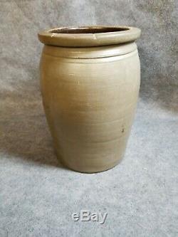 A. P. Donaghho, Parkersburg, W. V. Stoneware Crock, 2 Gallon