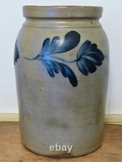 Antique 19th C COBALT BLUE DECORATED TULIP STONEWARE PRESERVE JAR CROCK PA VA