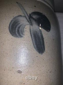 Antique 1 1/2 Gallon Stoneware Crock-Decorated-Cobalt Flowers-Baltimore
