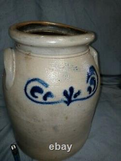 Antique American Crock Blue Decorated Salt Glaze Stoneware fenton 2gal signed