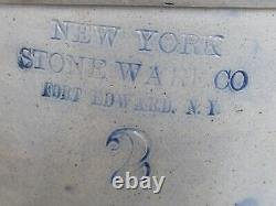 Antique New York Stoneware Co. Fort Edward, NY Cobalt Blue Bird Crock No. 2