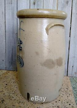 Antique Red Wing 4 Gallon Salt Glaze Stoneware Ribcage Churn