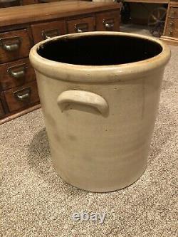Antique Salt Glazed 5 Gallon Bee Sting Stoneware Crock