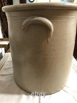 Antique Salt Glazed 6 Gallon Lazy 8 Beesting Stoneware Crock- Cobalt Blue Design