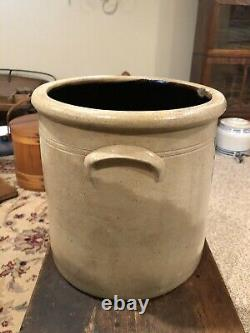 Antique Saltglazed 3 gallon Redwing Lazy 8 Beesting stoneware Crock- Turkey Drop