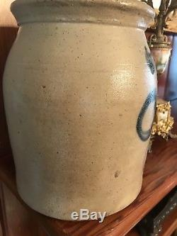Antique Signed Lewis & Cady Fairfax Vermont 1 1/2 Gal. Cobalt Stoneware Crock