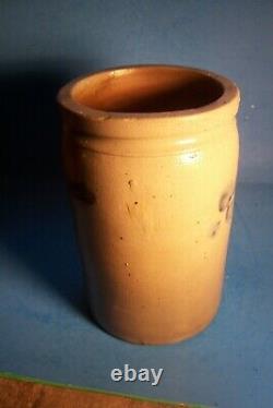 Antique Stoneware 10 Crock With Cobalt Blue Motifs, L E100
