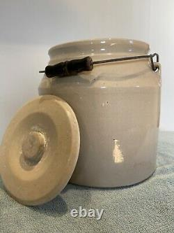 Antique Stoneware Crock Bean Pot With Bail Handle And Lid
