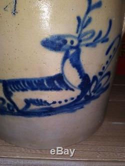 Antique Stoneware Crock with Cobalt Deer Decoration Fort Edward, New York