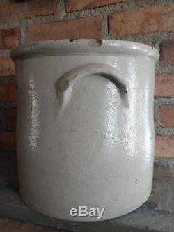 Antique Vintage 2 Gallon Stoneware Crock Blue Decorated