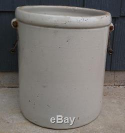 Antique Vintage 8 Gallon Red Wing Potteries Inc Stoneware Crock with Bail Handles