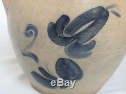 Antique W. H. Farrar & Co. Stoneware Crock Cobalt Blue New York 2 Gallon