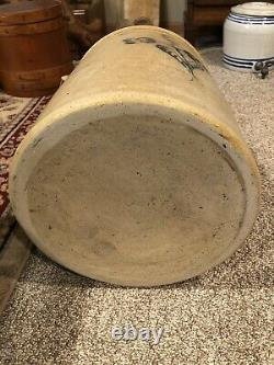 Antique saltglazed 6 Gallon Redwing Stoneware crock- slip trail Flower design