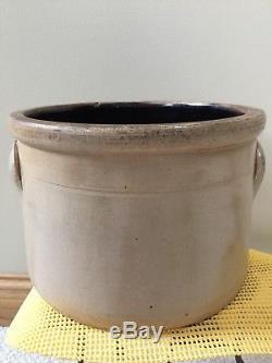 Antq. Salt Stoneware 2 Gal Bird J. A. & C. W. Underwood, Fort Edward, N. Y. Cake