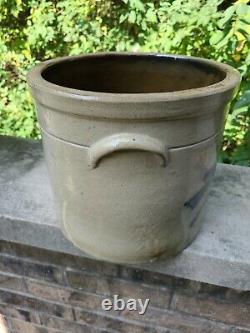 Beautiful Antique primitive Stoneware Cobalt blue Bird Crock 2 gallon