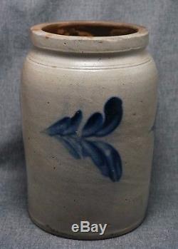 Blue Decorated Stoneware CROCK / PRESERVE JAR 9 1/2 Tall