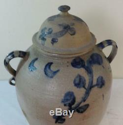 Rare 12 Gal. Stoneware Watercooler withOriginal Lid Applied Open Double Handles