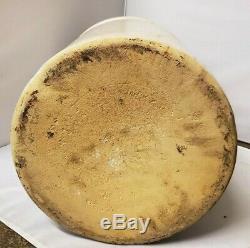 Robinson Ransbottom Crown 8 Gallon Crock Stoneware U. S. A