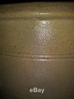 S. Hart Fulton Cobalt Love Birds Stoneware Crock 3 Gallon