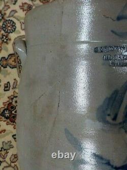 Stoneware Crock G. L. & D. Kellogg Oil Creek Warren, Co. PA. With Blue Design