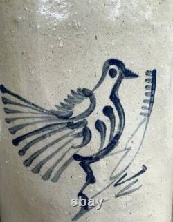 Wonderful Small Stoneware Crock With Stylized Bird Decoration, About 1 Gallon